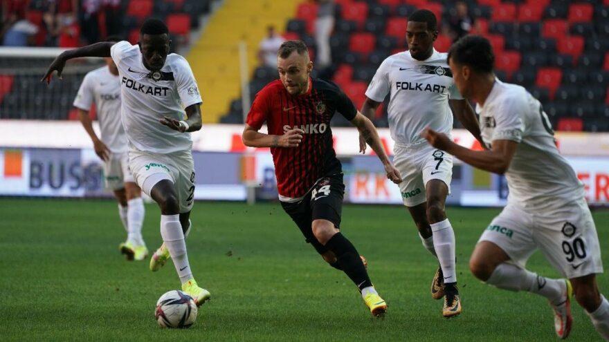 Gaziantep FK, Altay'ı 21 dakikada 4'ledi!