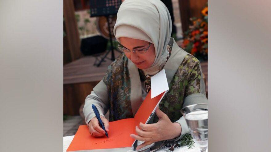 Emine Erdoğan'ın yemek kitabı Meclis gündeminde