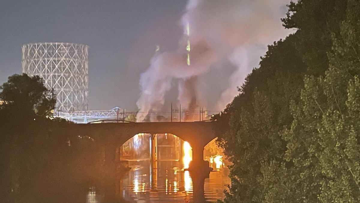 İtalya'da tarihi köprüde yangın çıktı