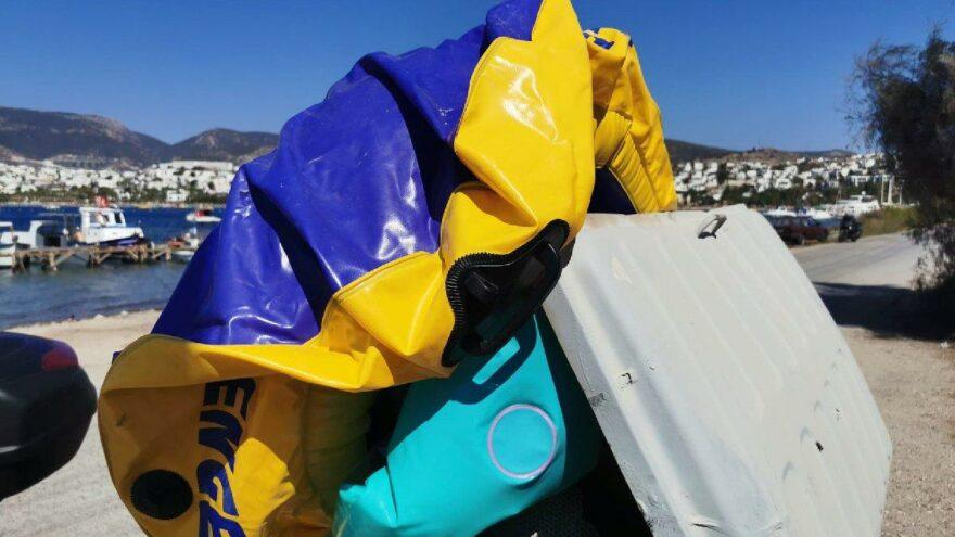 Marketten aldıkları lastik botla Yunanistan'a geçmeye çalışan göçmenler yakalandı