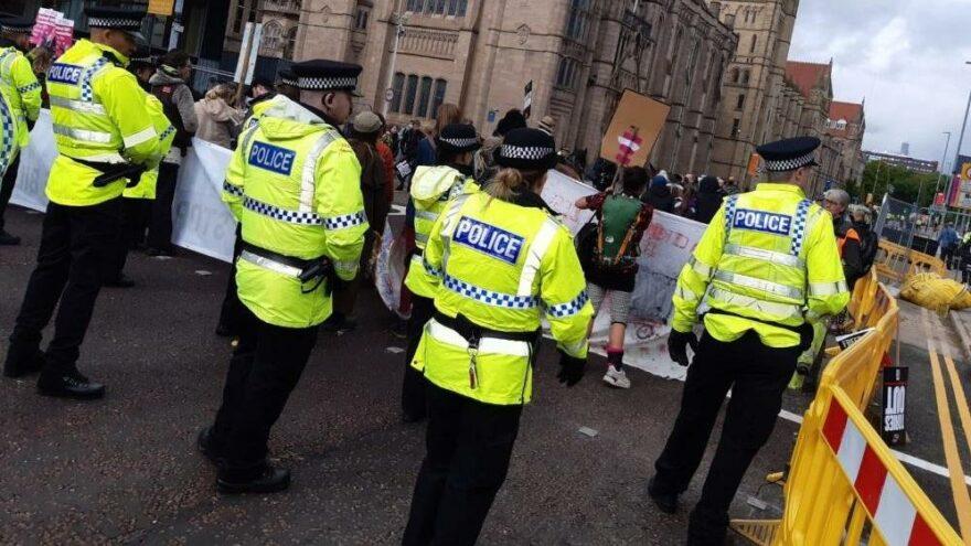 İngiltere'de Brexit karşıtları sokaklara döküldü