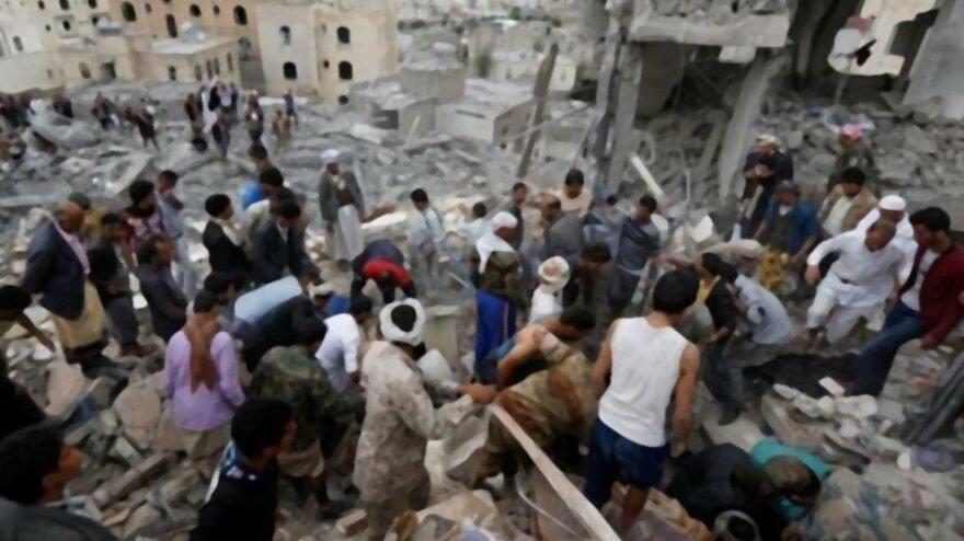 Yemen'de Husilerden füzeli saldırı: 8 ölü, 14 yaralı