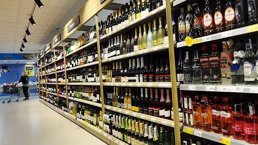 Free shop ve Kıbrıs iç satışlara kaydı, içki pazarı toparlandı