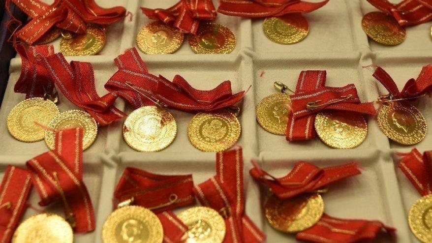 Altın fiyatları bugün ne kadar? Gram altın, çeyrek altın kaç TL? 4 Ekim 2021