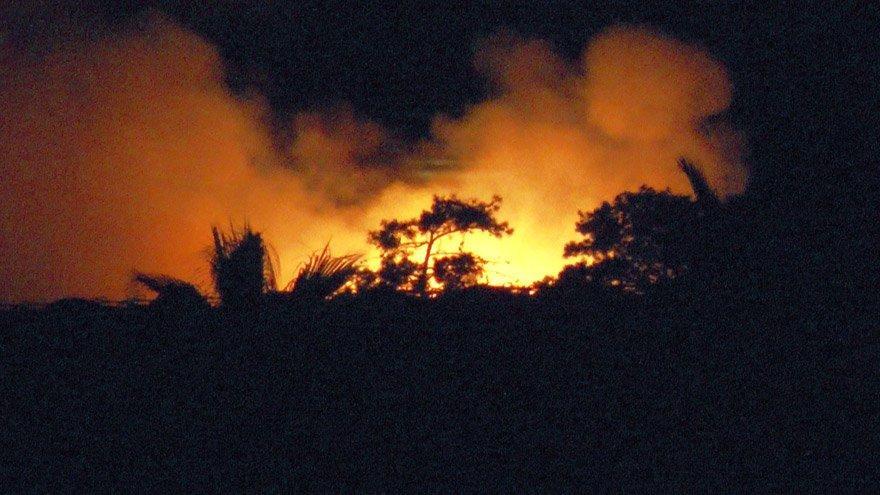 5 yıldızlı otelin yakıt tankı patladı; çıkan yangın korkuttu