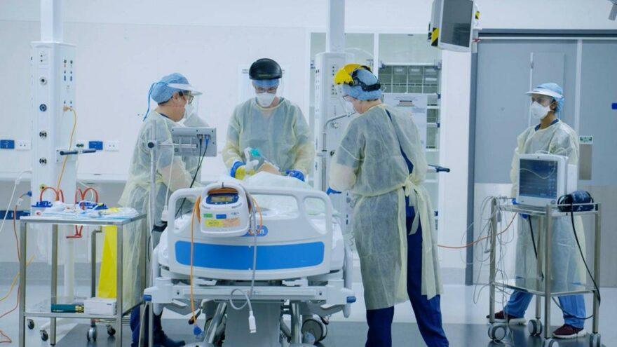 Sağlık Bakanı Koca, güncel corona verilerini açıkladı! Vaka ve vefat sayısında korkutan artış