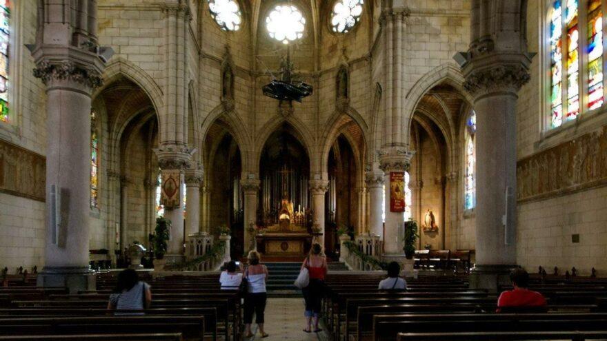 Fransız Katolik Kilisesi soruşturmasında 216 bin çocuk cinsel istismar mağduru!