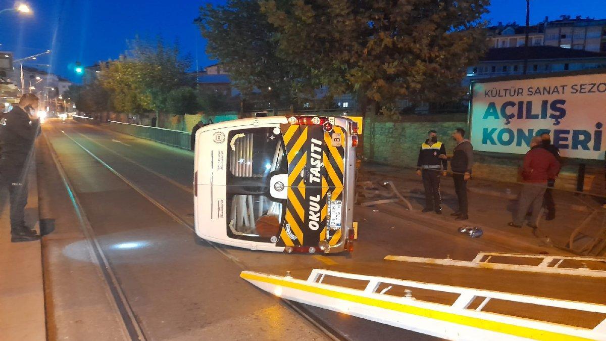 İstanbul'da tramvay yoluna kaza... Seferler aksadı