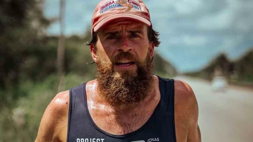 Alman 'Forrest Gump', Meksika'yı kuzeyden güneye koşarak 120 günde geçti
