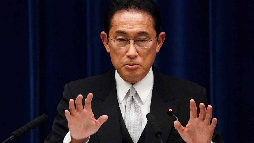 Japonya'nın yeni Başbakanı Kishida'dan ilk temas: Biden'la görüştü