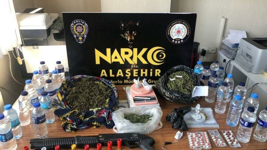 Manisa'da eş zamanlı uyuşturucu operasyonu: 12 gözaltı