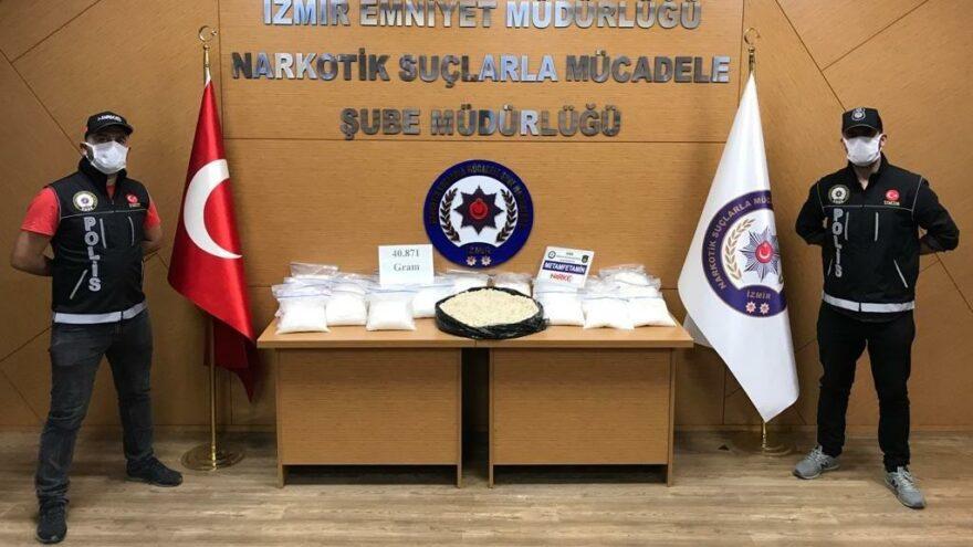 İzmir'de 100 bin kişiyi zehirleyecek uyuşturucu ele geçirildi
