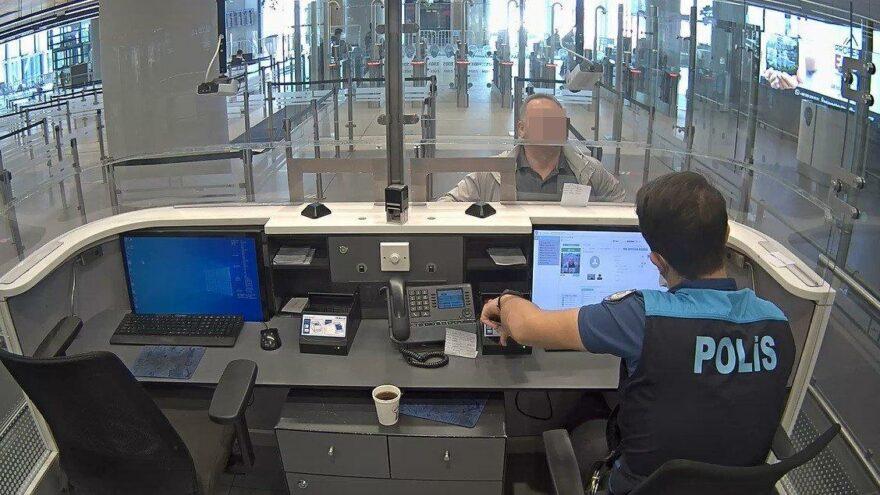 FETÖ'nün Orta Asya yapılanmasında yer aldığı iddiasıyla aranan şüpheli havalimanında yakalandı