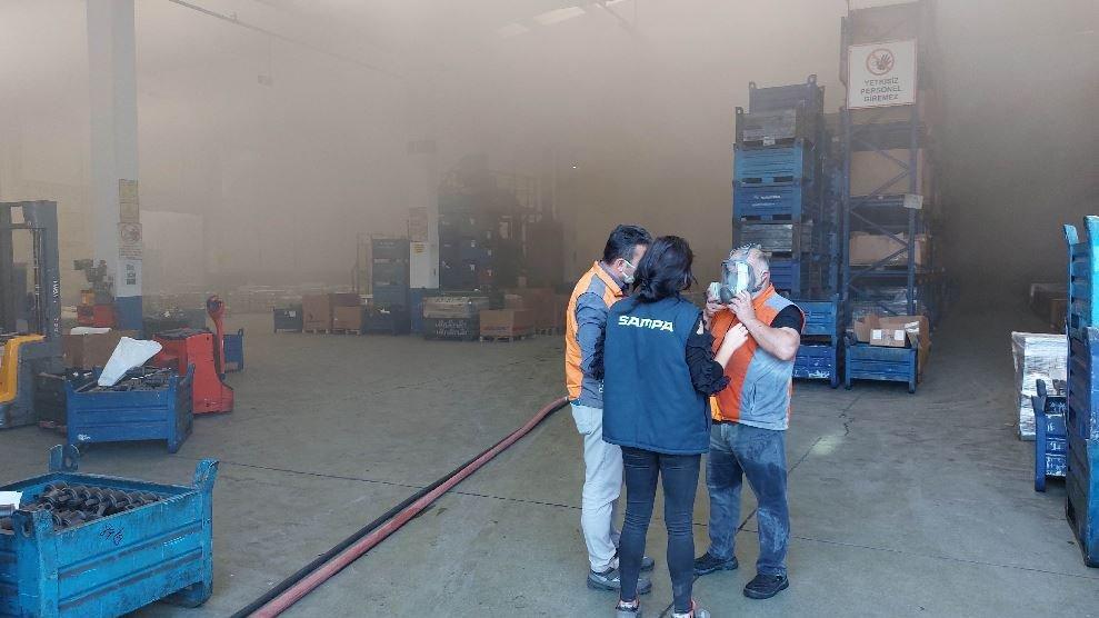 Fabrikada yangın: 19 işçi hastanelik oldu