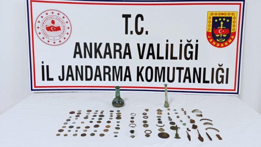 Ankara'da 107 tarihi eser ele geçirildi