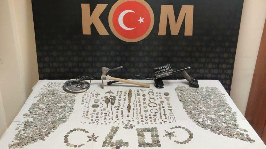 Kırşehir tarihinin en büyük tarihi eser operasyonu: 3 bin 103 adet tarihi eser ele geçirildi