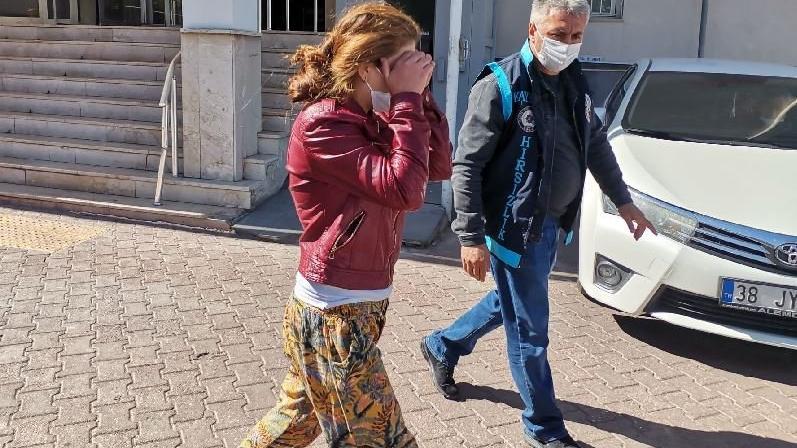 Çelik kapıları kırarak hırsızlık yapan 4 kadın yakalandı