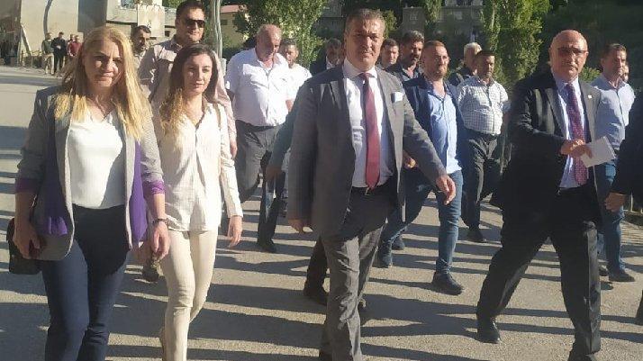CHP heyeti Şırnak'ta: Vatandaşın yerleri AKP'lilere peşkeş çekiliyor