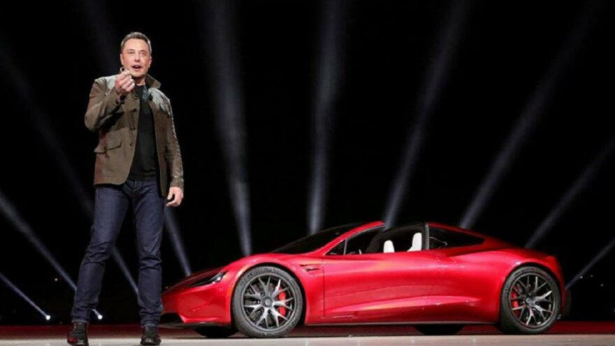 Elon Musk'tan dikkat çeken Tesla kararı: Taşınıyoruz