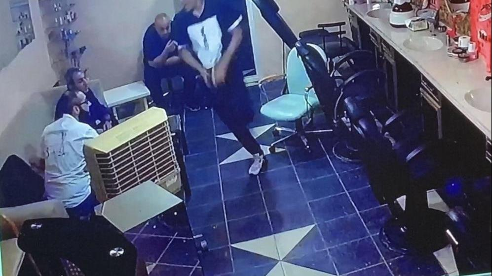 İstanbul'da dehşet anları: Arkadaşını defalarca bıçakladı