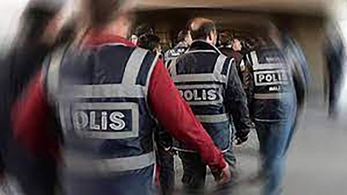 Almanya'dan sınırdışı edilen Afgan uyruklu çete lideri ve adamları İstanbul'da yakalandı