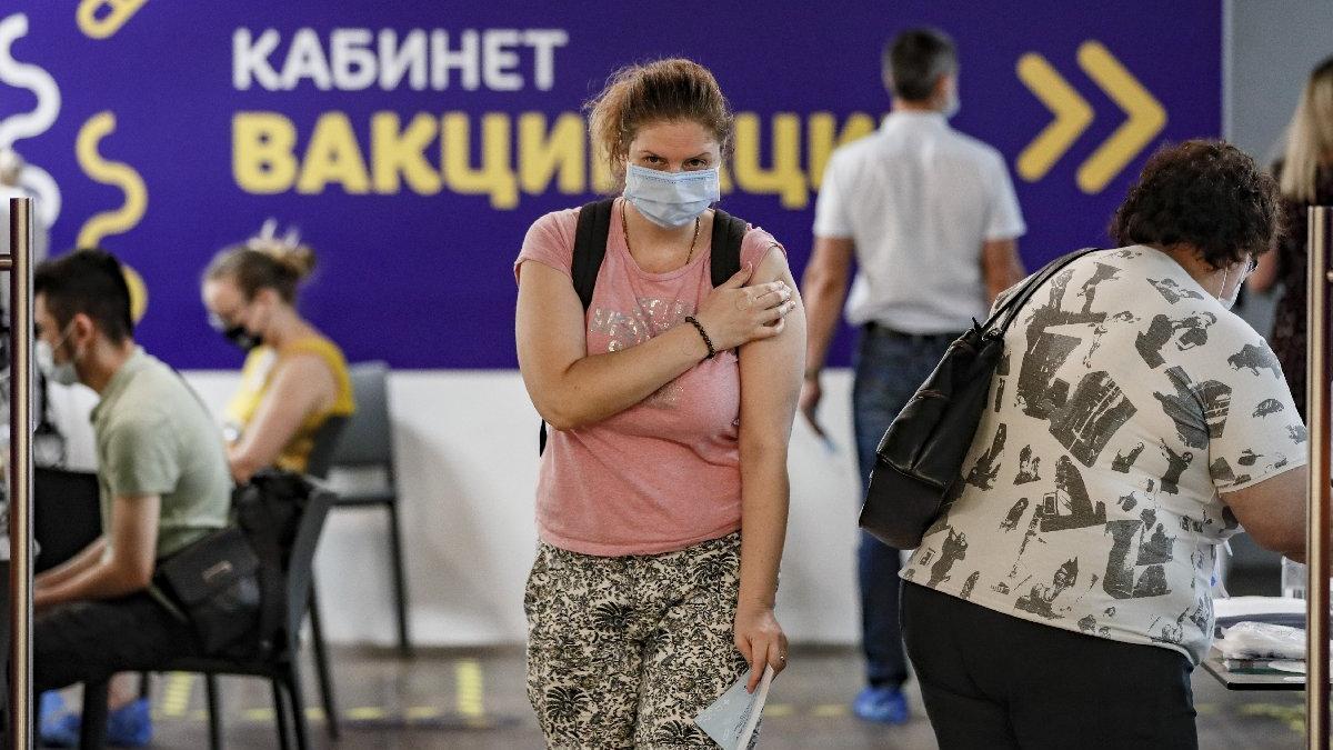 Rusya'da Covid-19'a bağlı can kaybında yeni rekor
