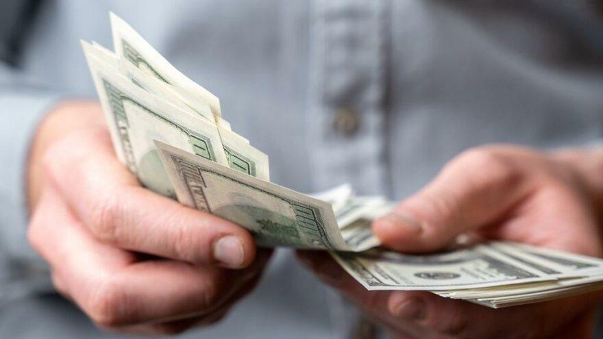 7 milyar dolarlık operasyon: Yabancı kaçtı, yerli kâr için bozdurdu
