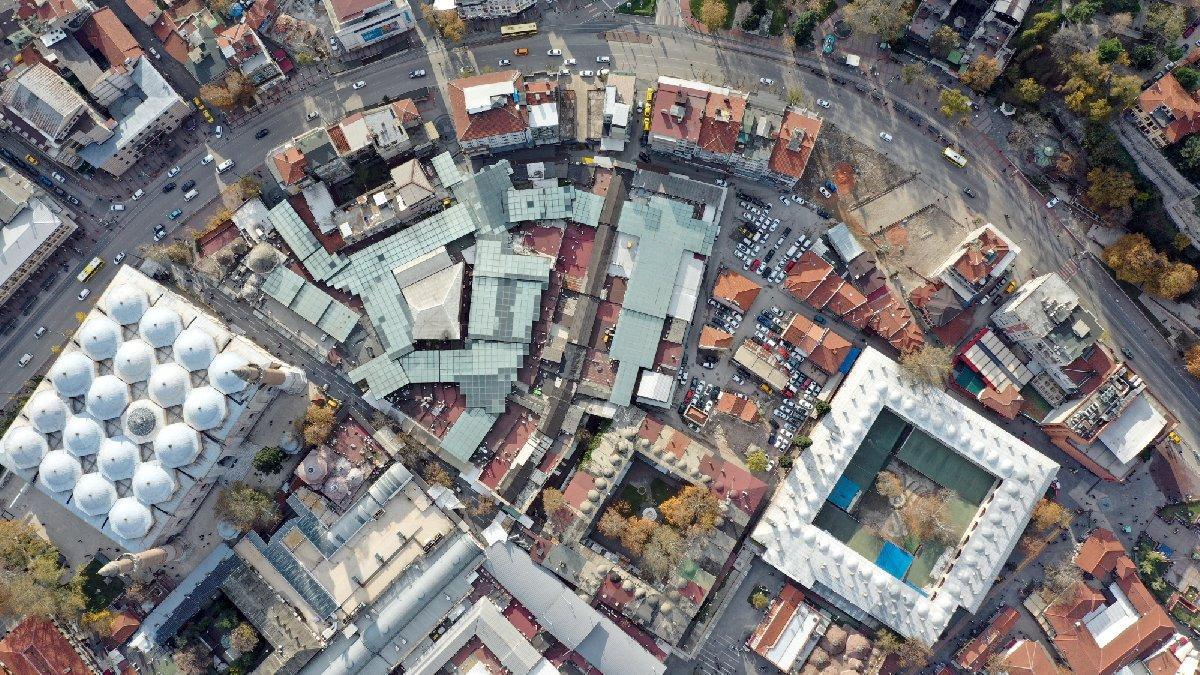 Boşaltılan binalar hırsızların hedefi oldu: Ne var ne yok her şeyi çaldılar