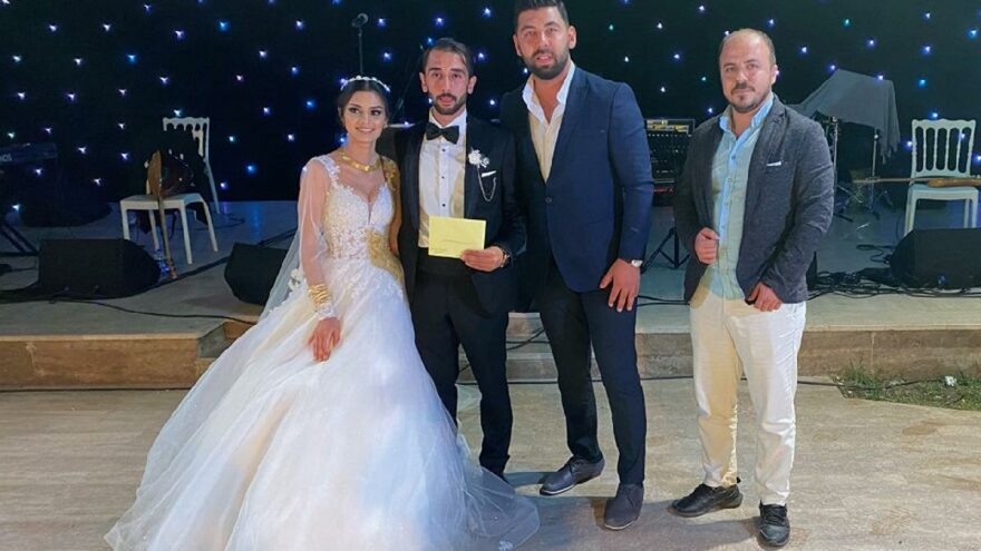 Evlenen çifte bu kez kripto para takıldı