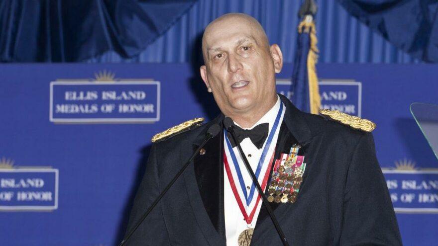 Çuvalcı general Odierno 67 yaşında kanserden öldü