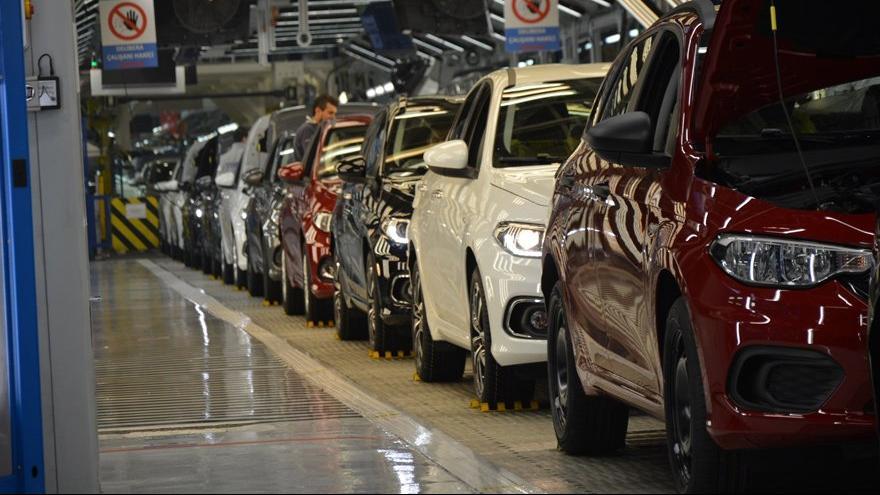 Otomotiv sektörü 4 yıl geride