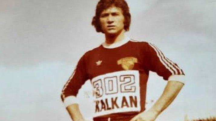 Göztepe'nin ve Türk futbolunun efsanesi Doğan Küçükkuru corona virüse yenik düştü