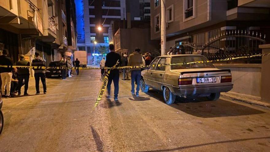 20 günlük baba, sokakta bıçaklanarak öldürüldü