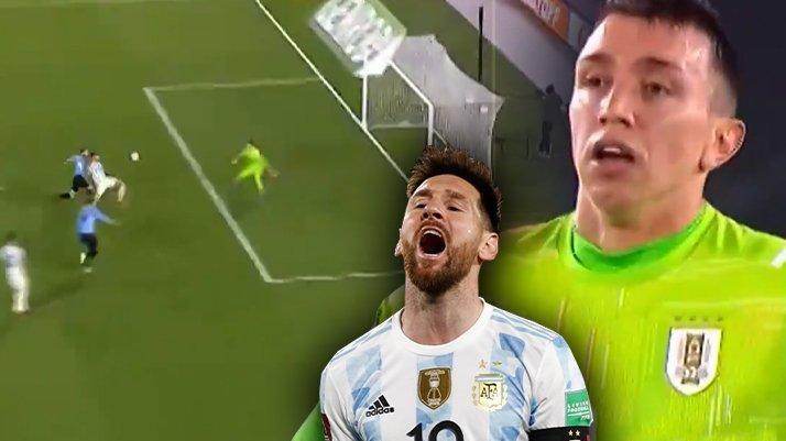 Muslera'dan inanılmaz hata! Arjantin Uruguay maçına damga vuran an…