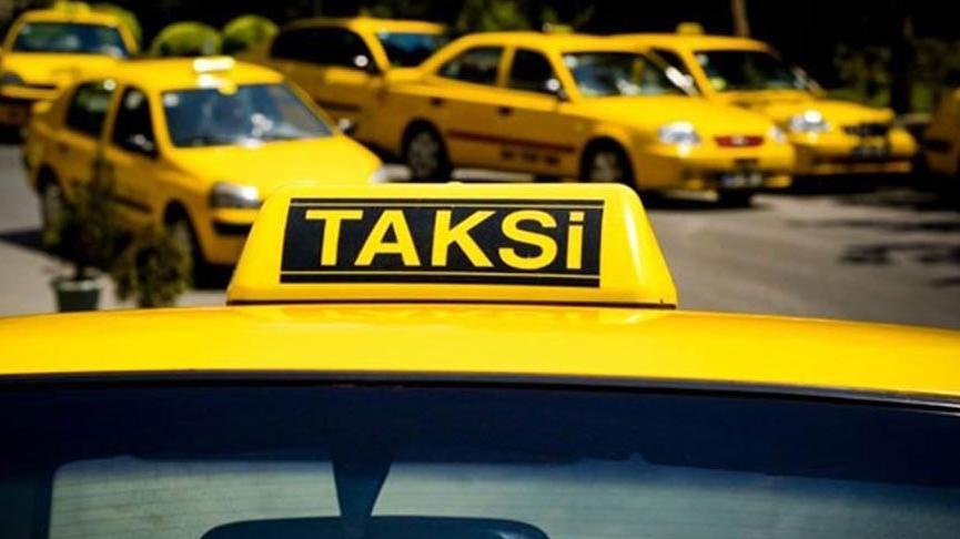 Taksici İstanbul'da kıta değiştirirken vize parası istedi