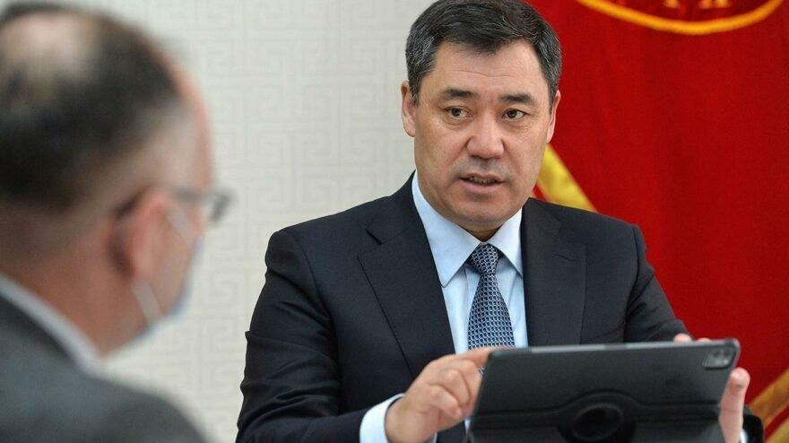 Caparov, Kırgız hükümetinin görevini sonlandırdı