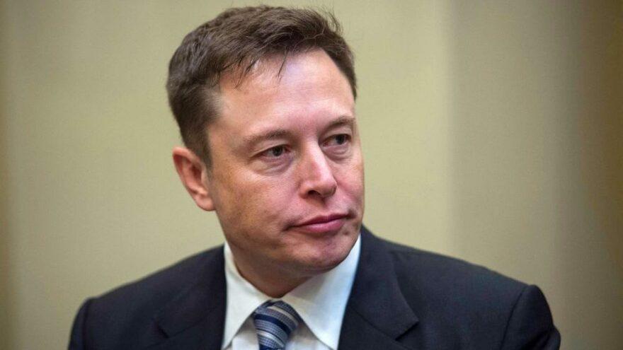 Elon Musk'tan Jeff Bezos'a kinayeli mesaj