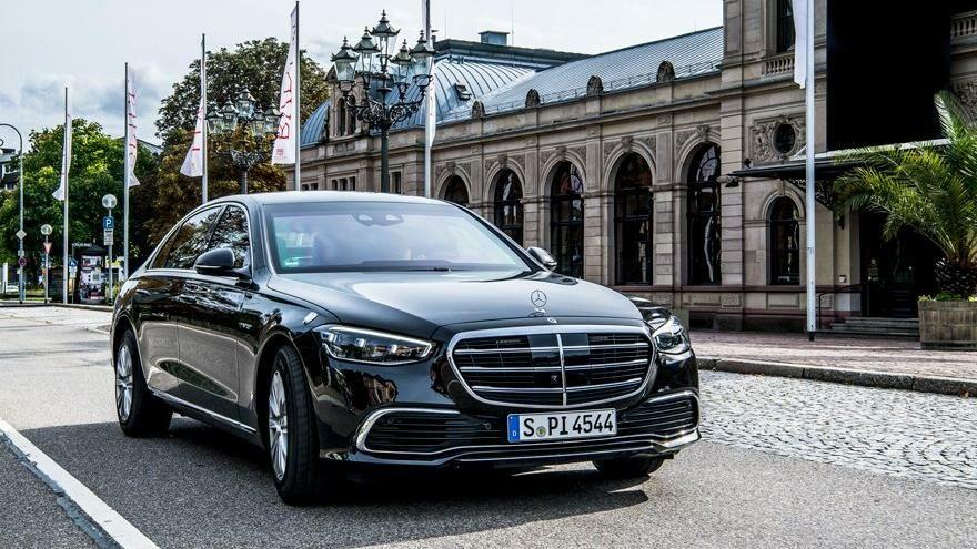 Scholz'un zırhlı Mercedes'i hazır: 1.3 milyon euro değerinde
