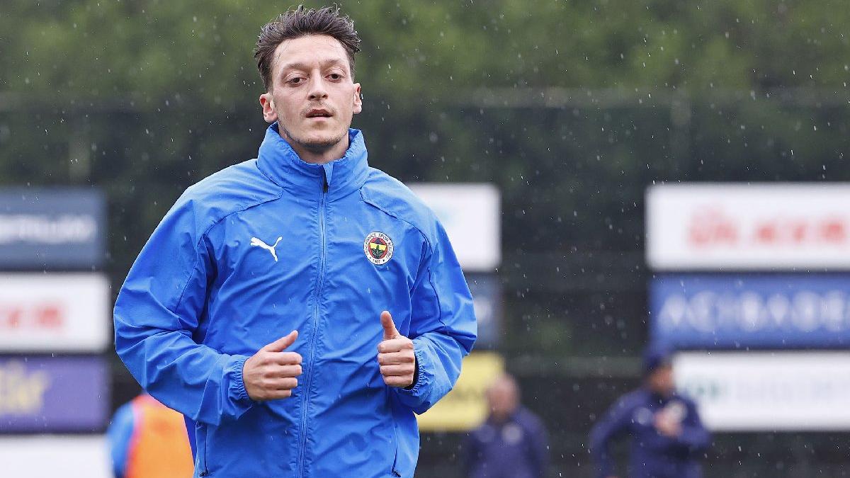 Mesut Özil: 'Ne güzel demiş rahmetli İslam Çupi...'