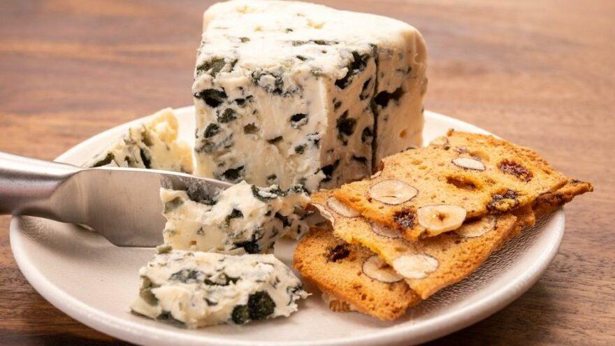 Sağlıksız damgası vurulmuştu… Rokfor peyniri üreticileri ayaklandı
