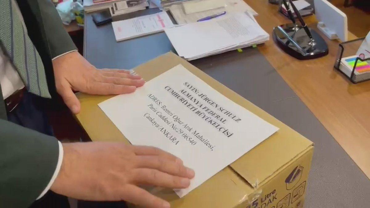 CHP milletvekilinden Almanya'ya yardım kolisi - Son dakika haberleri