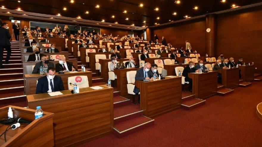 AKP'li başkanın dere yatağına otogar inadı