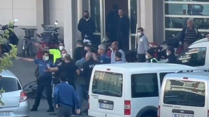 İki grubun adliye önünde başlayan kavgası, hastane önünde de devam etti