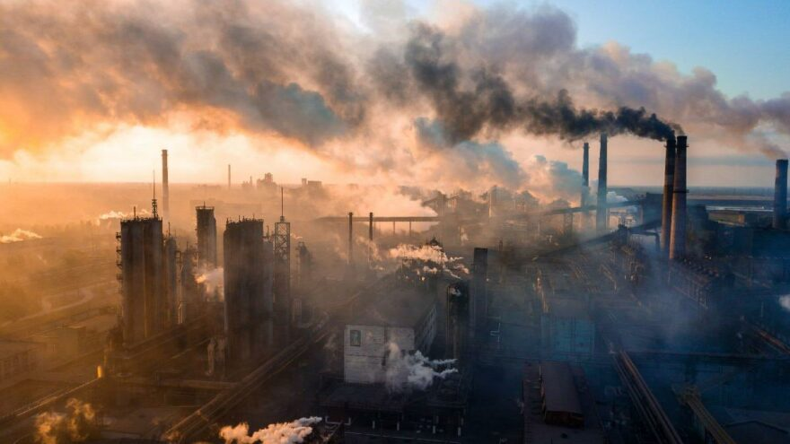 Enerji krizi karbon emisyonunu tetikledi: Devletler iklim hedeflerinden uzaklaşıyor