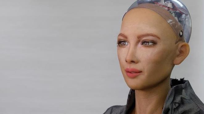 Robot Sophia anne olmak istiyor