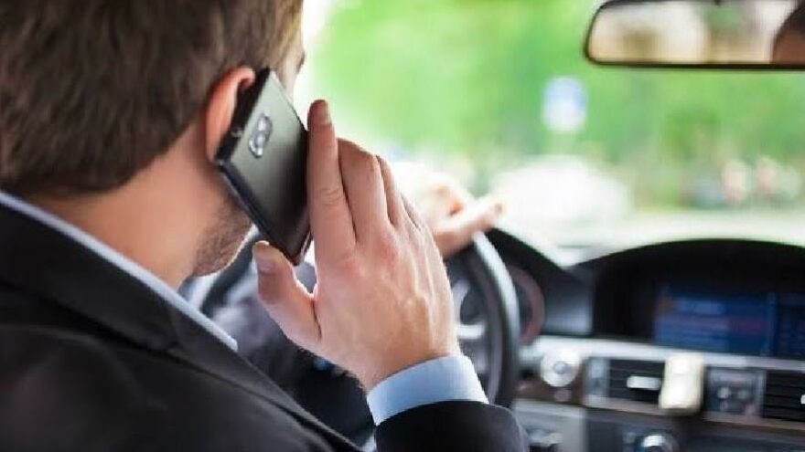 125 bin sürücüye telefonla konuşmaktan ceza