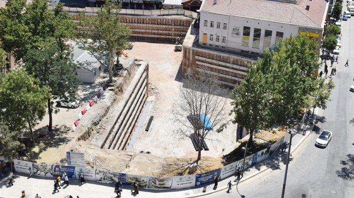 AKP'li belediye mahkeme kararını yok saydı