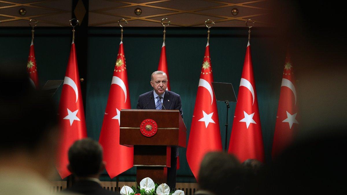 'TL'ye dönün' diyen Erdoğan'ı vatandaş dinlemedi, 90 milyar dolar biriktirdi