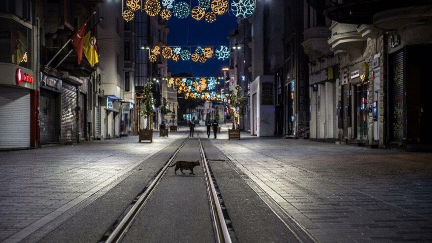 Kısıtlamalar, sokağa çıkma yasağı gelecek mi? Bakan Koca açıkladı